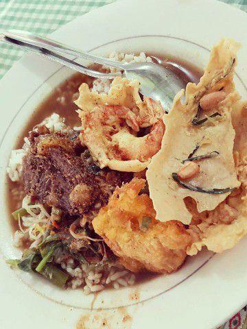 Pecel Rawon - Kuliner Khas Banyuwangi