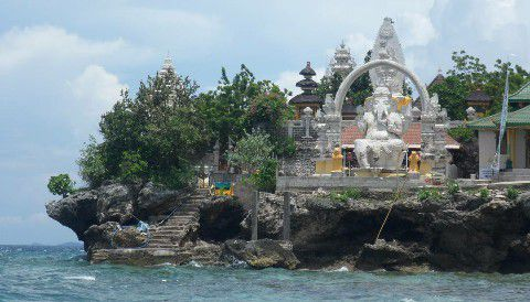 Menjangan Island Pura Ganesha