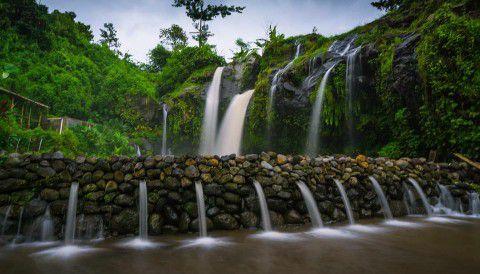 Wisata Banyuwangi Air Terjun Temcor Kembar Arum