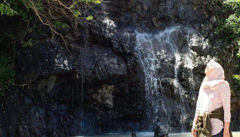 Air Terjun - Wisata Teluk Hijau Banyuwangi