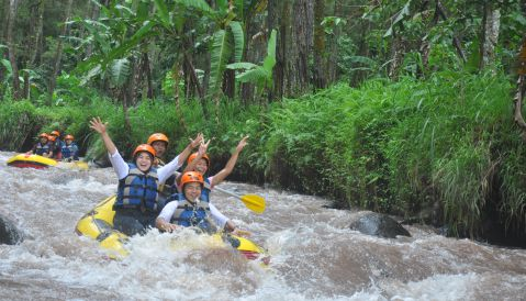 Paket Wisata Rafting Banyuwangi