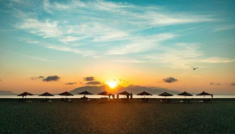 Pantai Boom Banyuwangi Sunrise